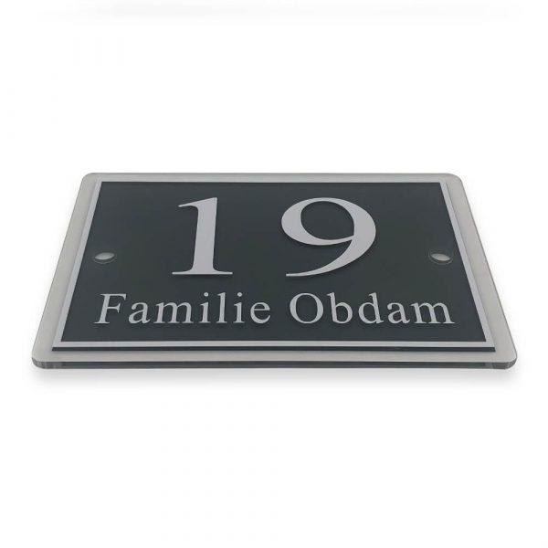 Naambordje Familie Obdam