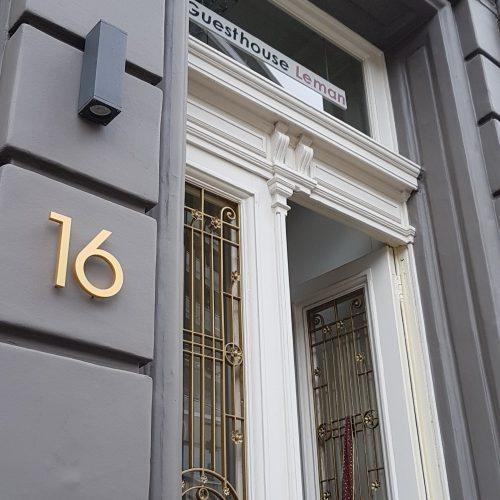 Goud-huisnummer-15cm