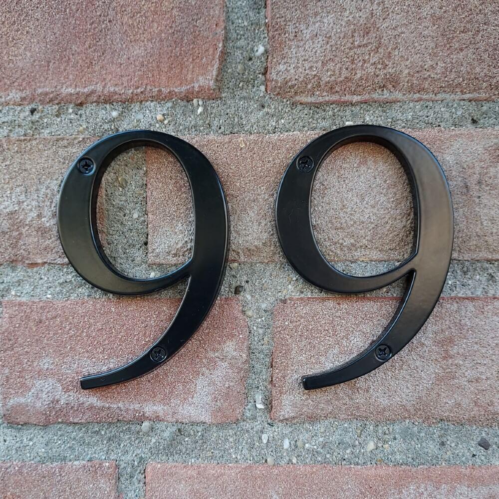 huisnummer-klassiek-zwart-klein-modern-yessential (1)