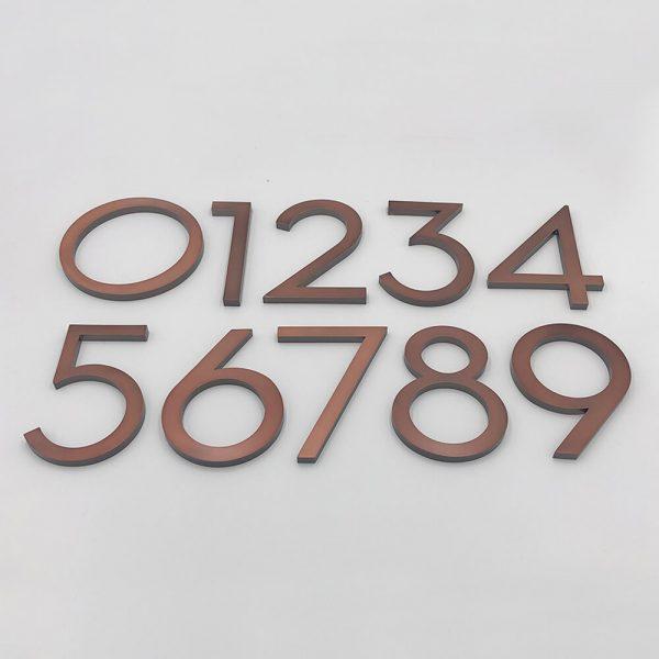 Bronze huisnummers Milano Old Age