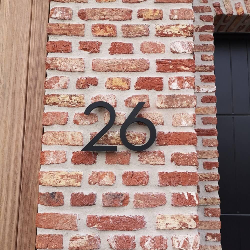 Zwart-huisnummer-15cm-hoog-huisnummer-zwart