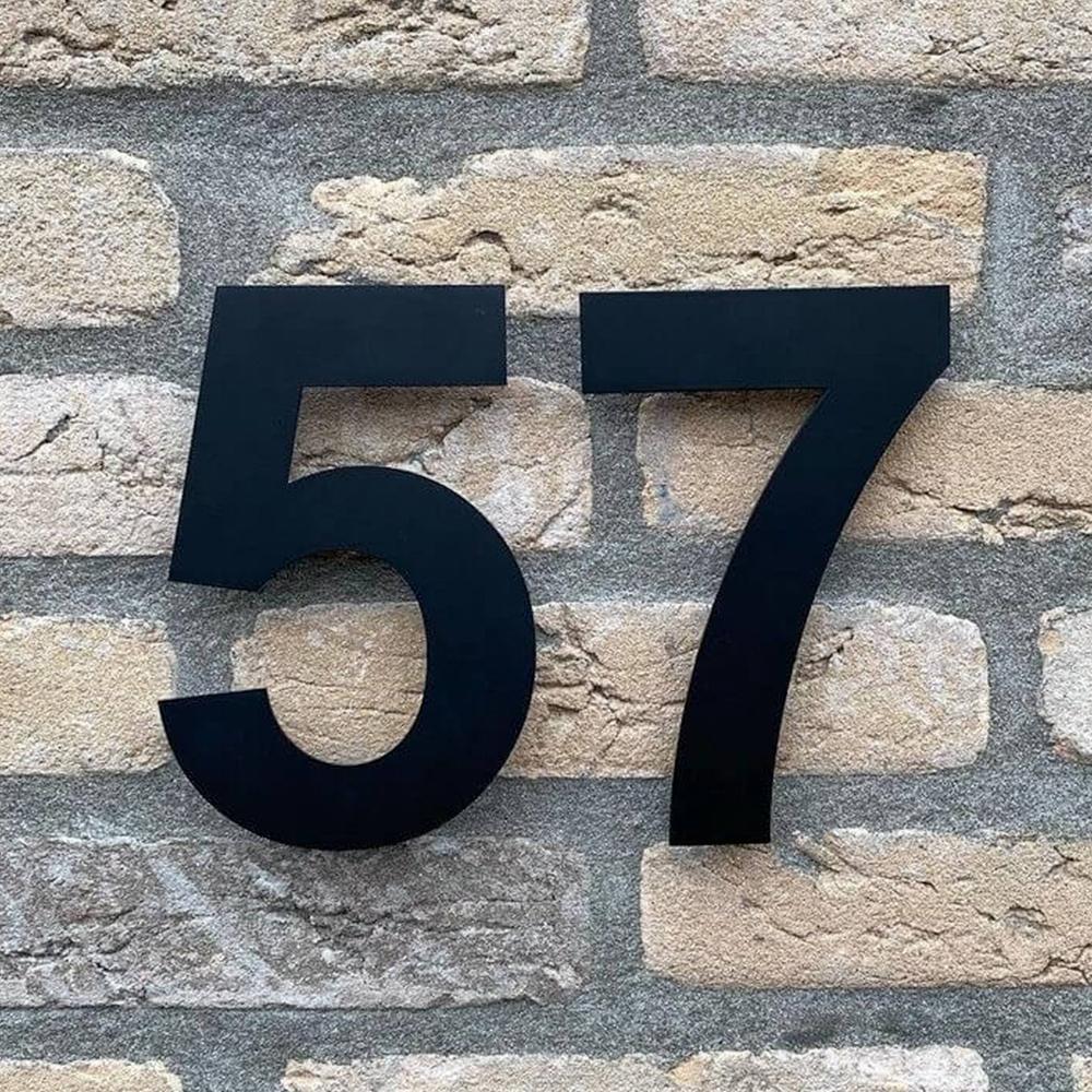 Huisnummer-zwart-20cm-hoog-modern-huisnummer-mat-zwart
