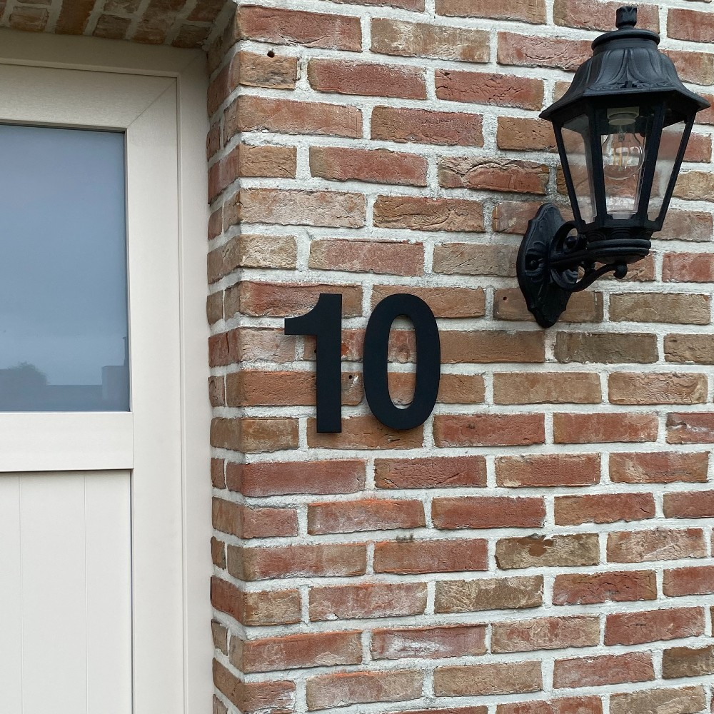 huisnummer-modern-zwart-30cm-hoog-grote-huisnummers