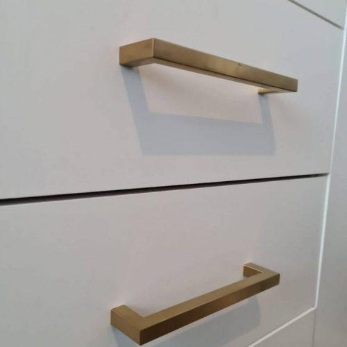 Gouden-handgreep-vierkant-showroom-5