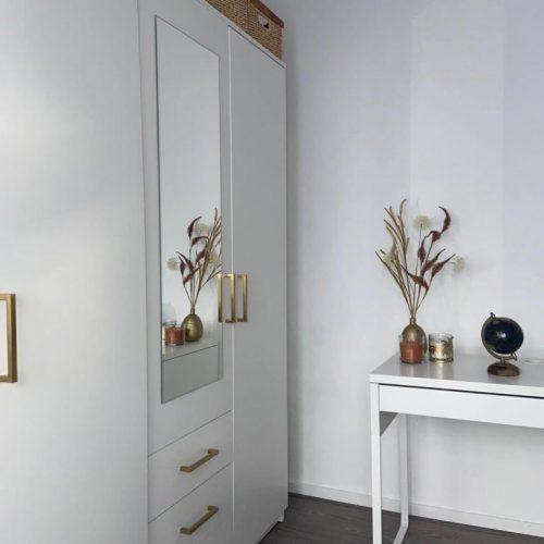 Gouden-handgreep-vierkant-showroom