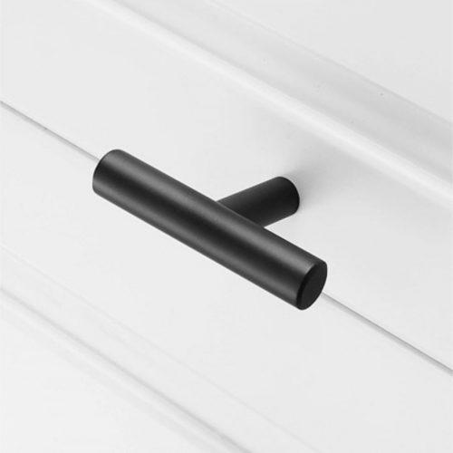 Ladeknop zwart-rond-50mm-detail-yessential