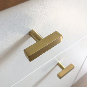 Vasco Knob Gold