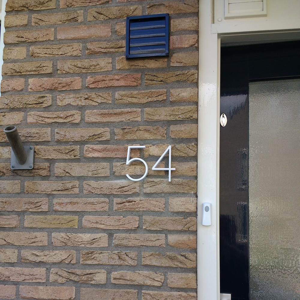 wit-huisnummer-54